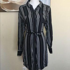 Shirt dress with pockets!
